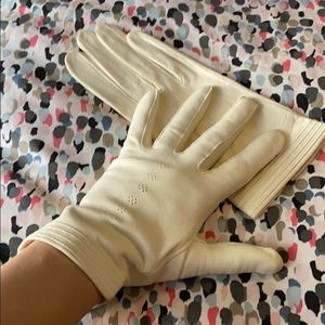 Dents Doeskin Ivory Leather Washable Gloves